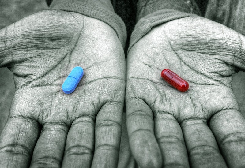 crvena-plava-pilula.jpg